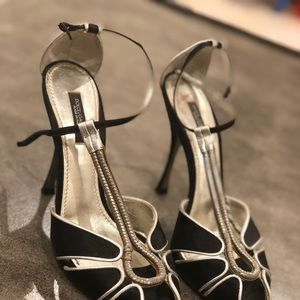 Dolce and gabanna pumps